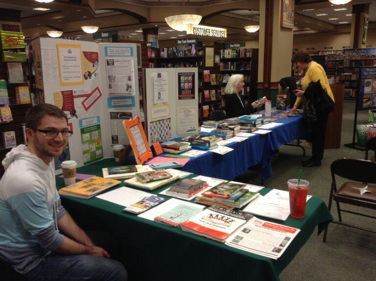 Illinois Reading Night at Barnes and Nobel